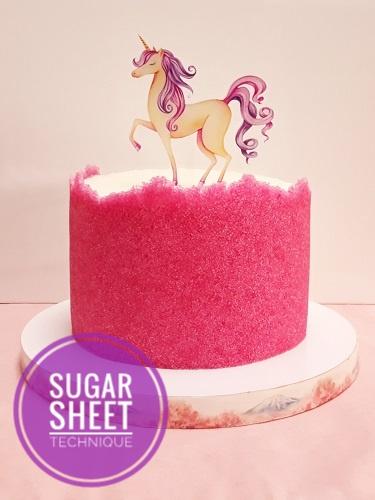 tort z sugar sheet i topper jednorożec