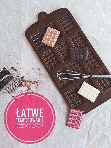 Łatwe temperowanie czekolady. Jak zrobić mini tabliczki czekolady?