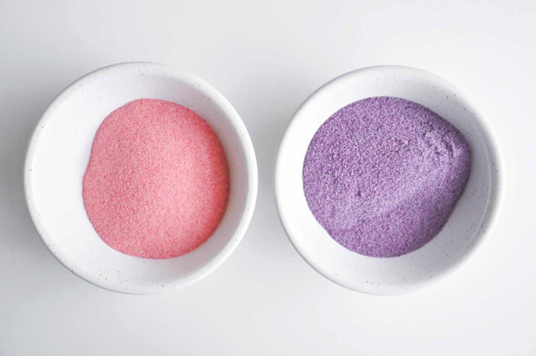 Barwienie kplastórw gruszek, kolorowy cukier