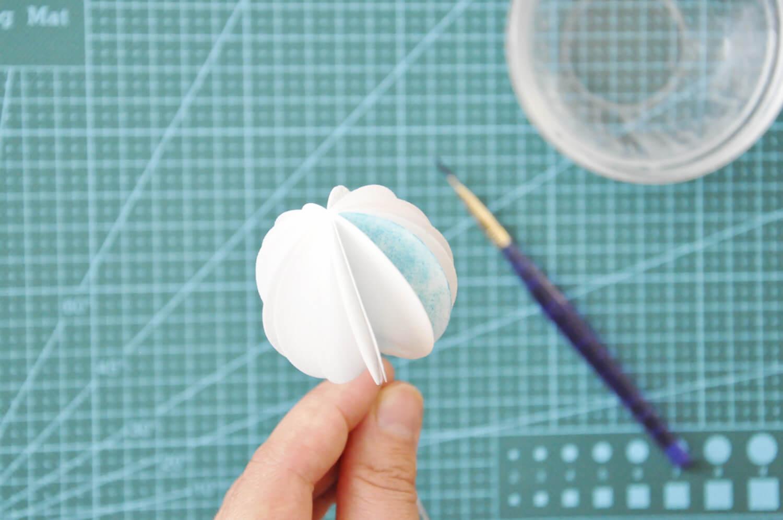 kula z papieru waflowego
