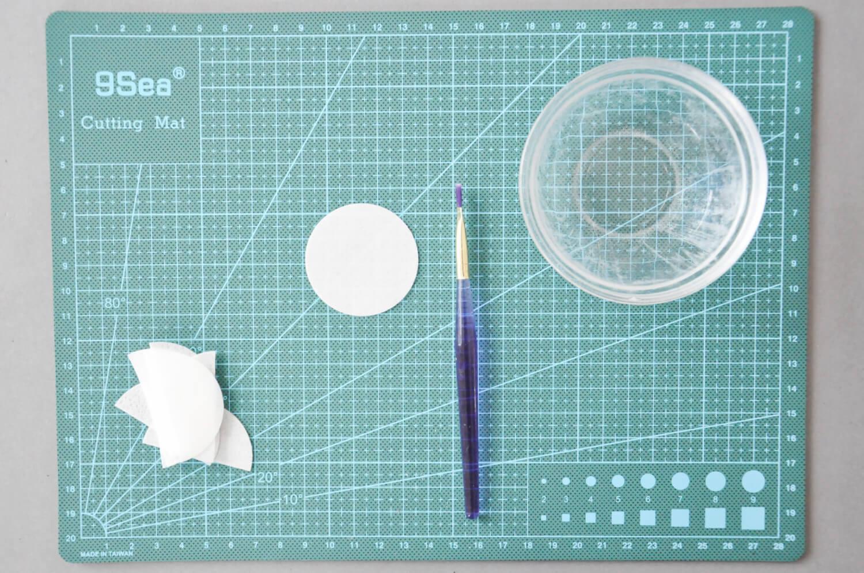 dekoracje z papieru waflowego, papier waflowy, pędzelek