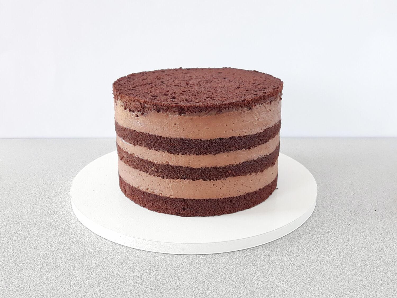 Jak złożyć idealnie prosty tort? Składanie tortu krok po kroku. tutorial, złożony tort