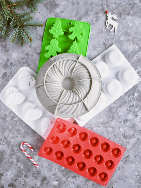 Poradnik prezentowy – prezenty dla torciar i fanek pieczenia - formy silikonowe do deserów