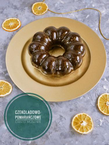 noworoczne czekoladowe ciasto musowe z żelką pomarańczową i polewą lustrzaną
