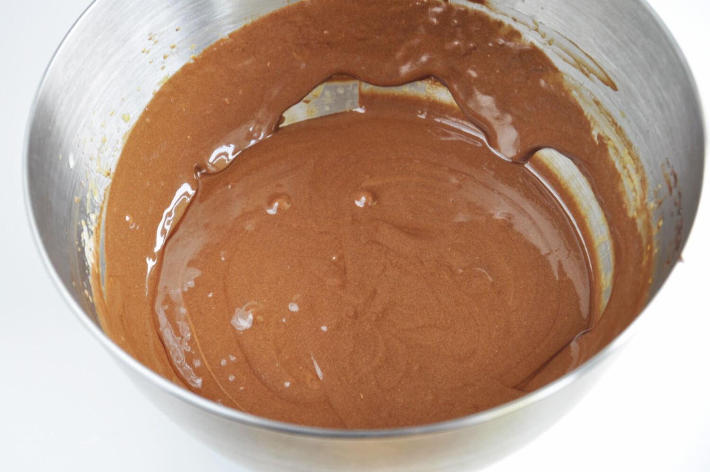 przygotowanie musu czekoladowego