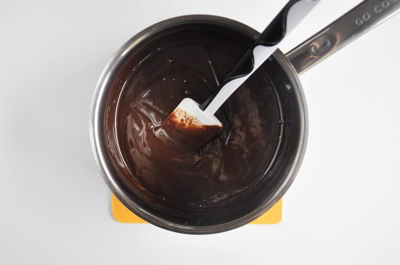 przygotowanie musus czekoladowego