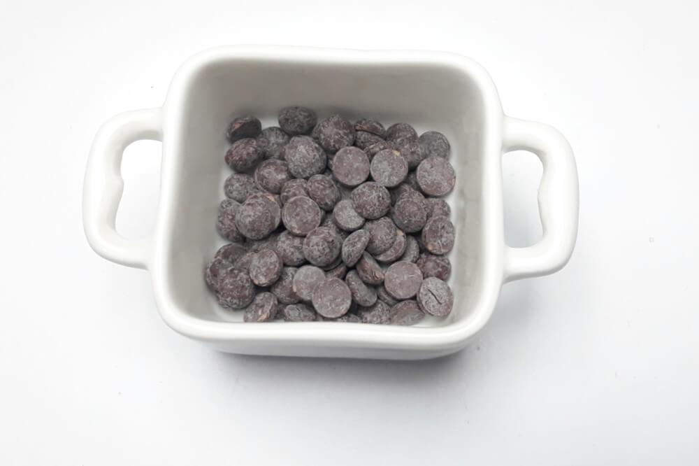 rozpuszczanie czekolady, miseczka