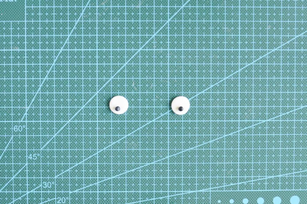 oczy z masy cukrowej