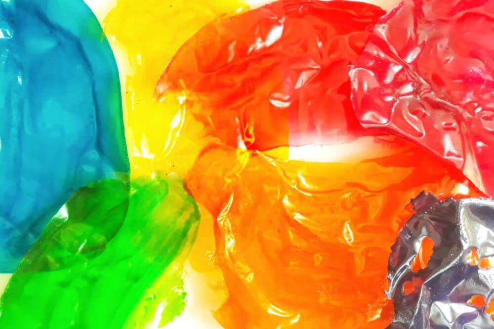 Tutorial jadalne cekiny z żelatyny - błyszcząca ozdoba tortu, arkusze żelatynowe barwione, maty silikonowe