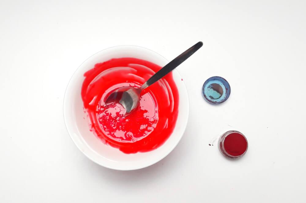 barwienie masy żelatynowej barwnikiem w proszku