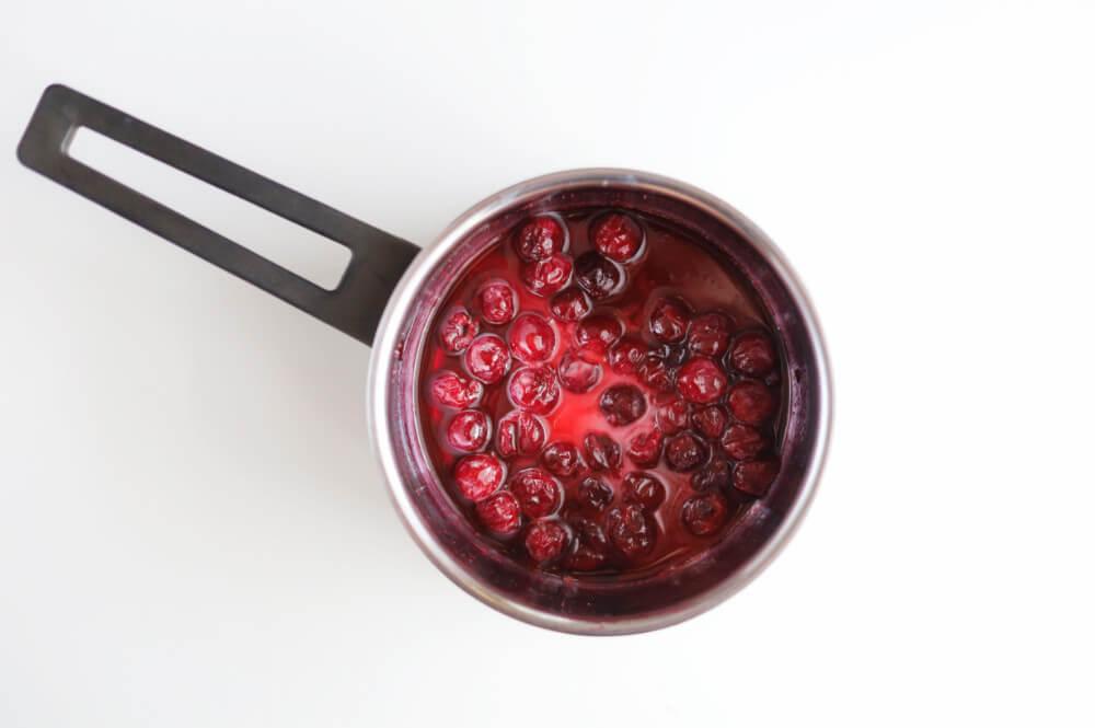 Przygotowanie frużeliny wiśniowej