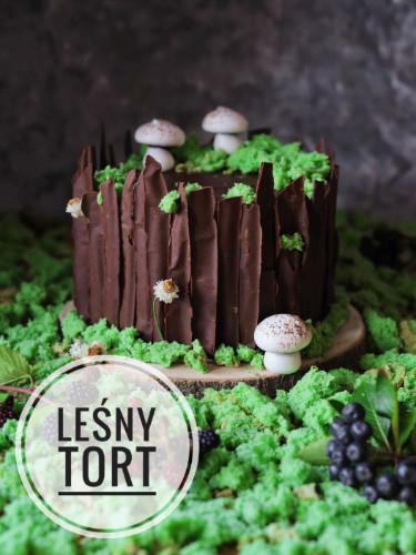 leśny tort w kształcie pnia drzewa